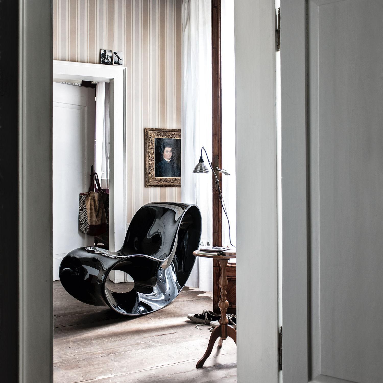 MAGIS Voido fotel bujany, kolor czarny lakierowany