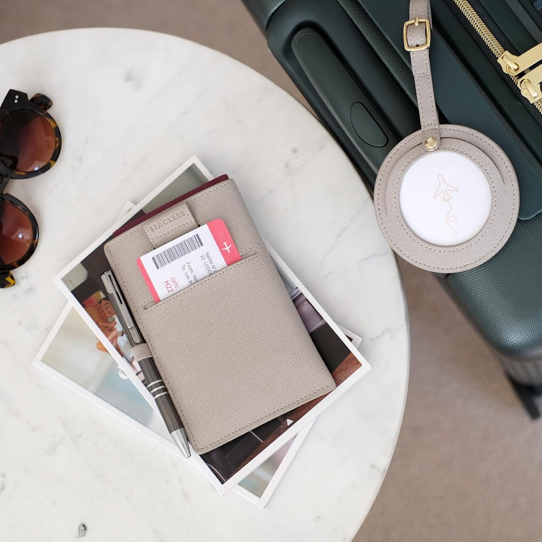 Stackers Etui na paszport i karty