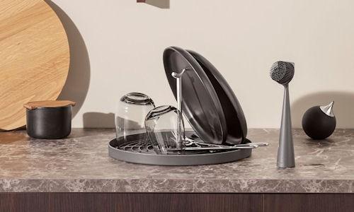 Ociekacze kuchenne i pojemniki na sztućce